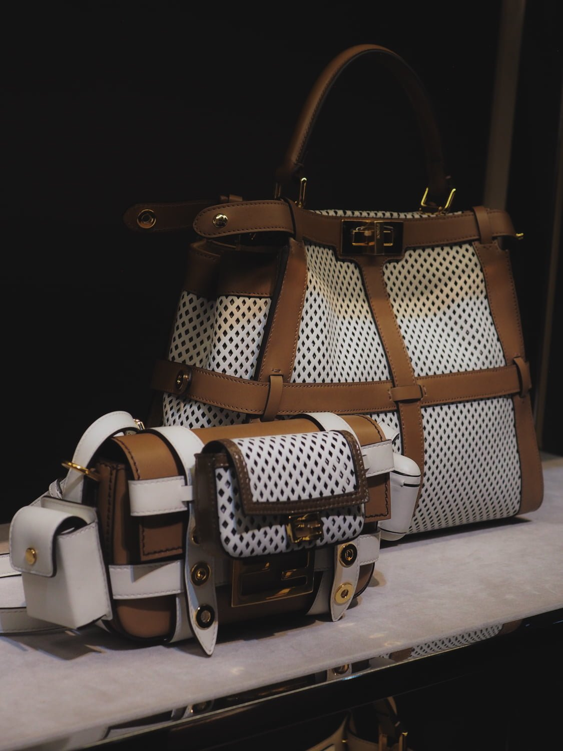 8422935489 Fendi Says Farewell To Karl Lagerfeld With A Truly Elegant ...