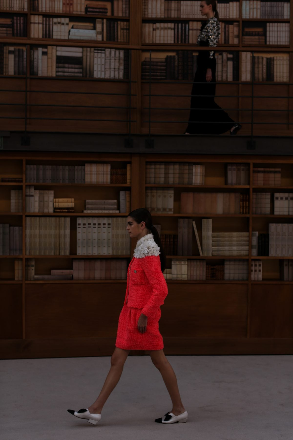 c7c53c26d Chanel's Fall Couture Was Librarian Chic At Its Finest - YOYOKULALA